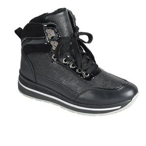 FOREVER LINK Black Neatly High Top Sneakers